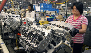 Ohio plant that builds Duramax diesel engines gets $60M ...
