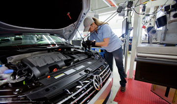 Volkswagen has asked the U.S. National Labor Relations Board to conduct a union representation vote at its Chattanooga, Tenn., plant Feb. 12 through 14. PHOTO Volkswagen