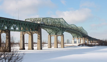 The new Champlain Bridge will replace the aging structure spanning St. Lawrence River. PHOTO Martin Dubé