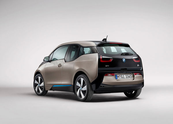 Magna collaborated with BMW to build a composite rear liftgate for the i3 electric car. PHOTO Magna