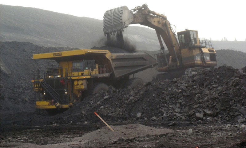 Grande Cache Coal's open pit mining operation in western Alberta. PHOTO Grande Cache Coal