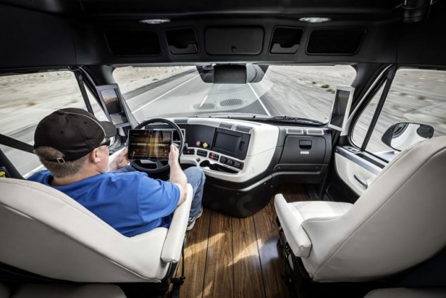 In the cabin of the Freightliner Inspiration Truck, the Highway Pilot system assists the driver. PHOTO: Daimler Trucks and Buses