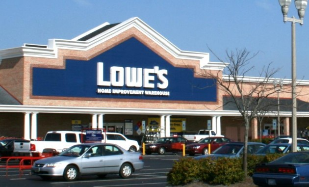 Lowe's will add four new sites in British Columbia, two in Alberta, one in Saskatchewan and seven in Ontario. PHOTO: By Ildar Sagdejev, via Wikimedia Commons