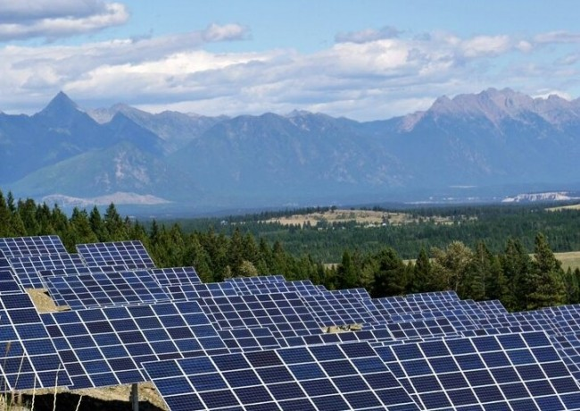 The Sun Mine solar plant outside Kimberley B.C. The largest solar installation in Western Canada, the project was one of many to be brought online last year.  PHOTO: CNW Group/City of Kimberley