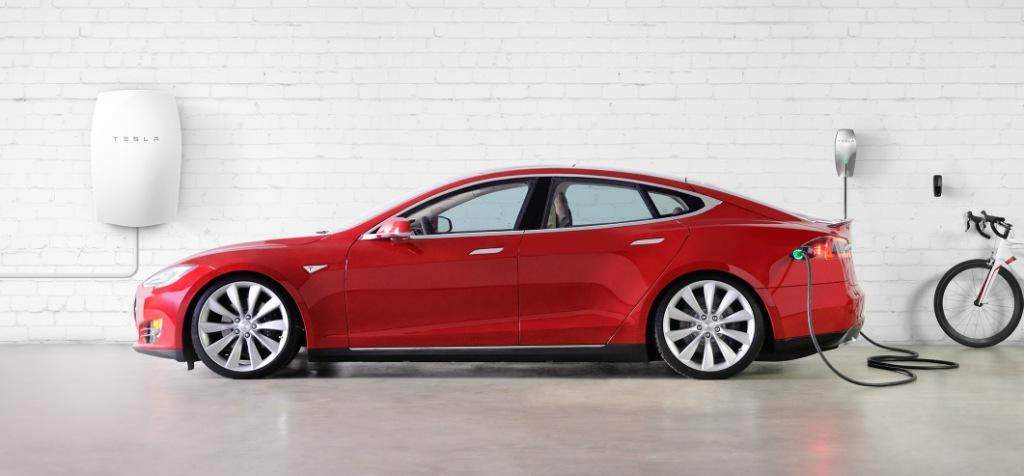 Tesla revised its sales target for its electric vehicles, saying it now expectets to sell somewhere between 50,000 and 55,000. PHOTO: Tesla