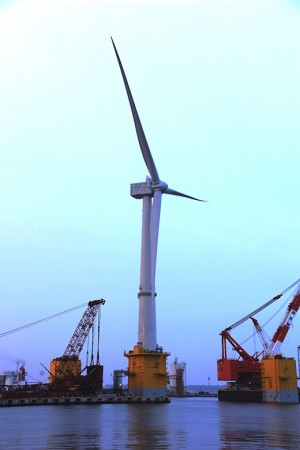 The Fukushima Experimental Offshore Wind Farm's 7 megawatt wind turbine has 80-metre blades, with a rotor diameter of 164 metres. PHOTO: Fukushima Offshore Wind Consortium