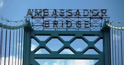 The Ambassador Bridge, which connect Detroit, Mich. and Windsor, Ont. The route is one of the most important shipping arteries in North America. PHOTO: Starley, via Wikimedia Commons