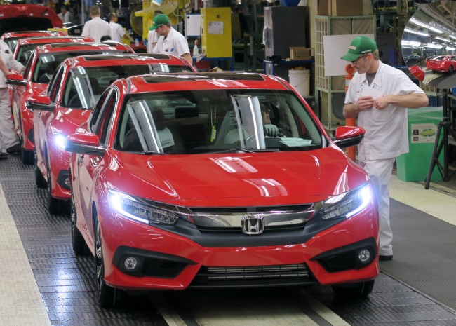 Honda celebrated the first mass production of the 2016 Civic Tuesday at its Alliston, Ont. facility. When assembling, the plant will produce a new Civic model every 63 seconds. PHOTO: Honda
