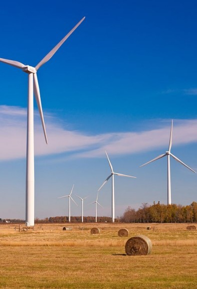 Ontario's wind projects are one example of technology and government policy initiatives boosting the green electricity market. PHOTO: Ernesto Andrade, via Wikimedia Commons