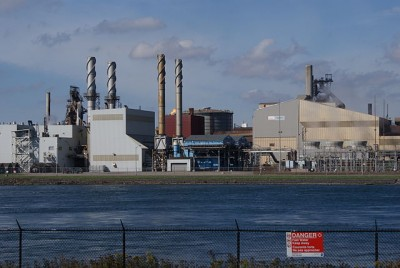 """Essar Steel Algoma filed for creditor protection earlier this week. USW is now calling on Trudeau and Wynne to support the industry in """"crisis."""" PHOTO: Nowosielski, via Wikimedia Commons"""