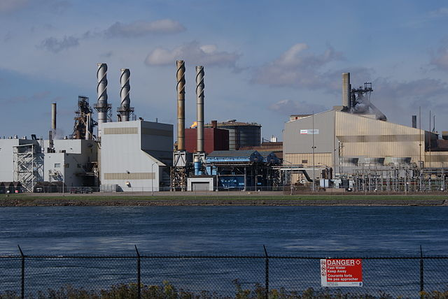 "Essar Steel Algoma filed for creditor protection earlier this week. USW is now calling on Trudeau and Wynne to support the industry in ""crisis."" PHOTO: Nowosielski, via Wikimedia Commons"