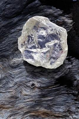 The 187.7 carat gem-quality rough diamond discovered at the Diavik Diamond Mine. PHOTO: CNW Group/Rio Tinto