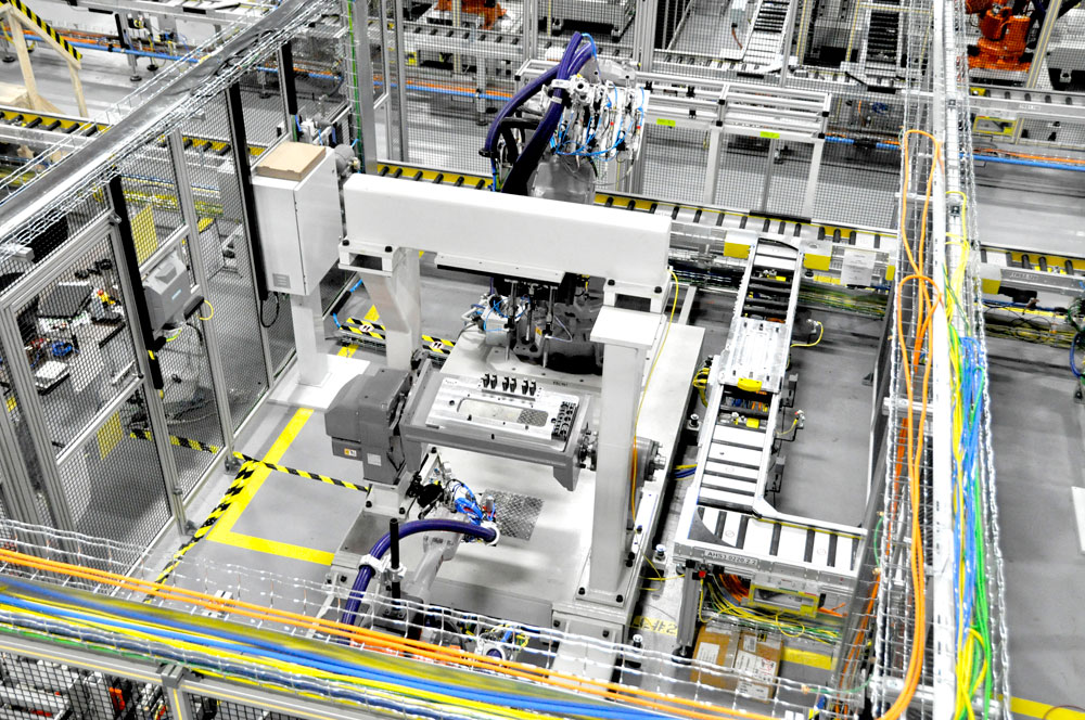 Abb robotics nabs ford manufacturing excellence award for Ford motor company awards