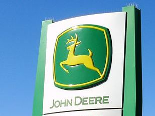 Deere said the cuts will take effect Feb. 15 of next year. PHOTO:  Bahnfrend, via Wikimedia Commons