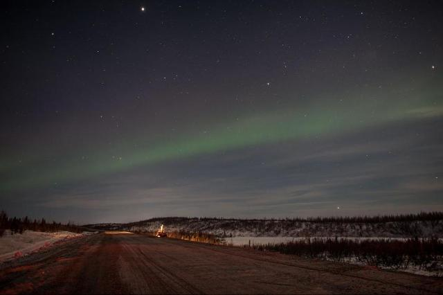 Construction of the Inuvik to Tuktoyaktuk Highway. When complete, the road will 120 km all-weather highway will provide a land connection to the northern town of Tuktoyatuk. PHOTO: Government of Northwest Territories