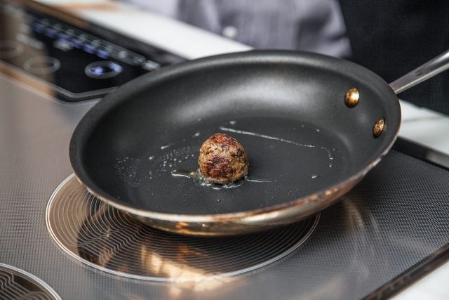 The startup says it can produce meat in the lab while generating 90 per cent less greenhouse gas emissions than traditional animal agriculture. PHOTO: Memphis Meats