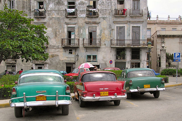 The long-standing U.S. embargo of Cuba left a fleet of aging autos on the island just 90 miles off the Florida Keys. The factory would allow A U.S. venture to assemble new tractors. PHOTO: BluesyPete, via Wikimedia Commons
