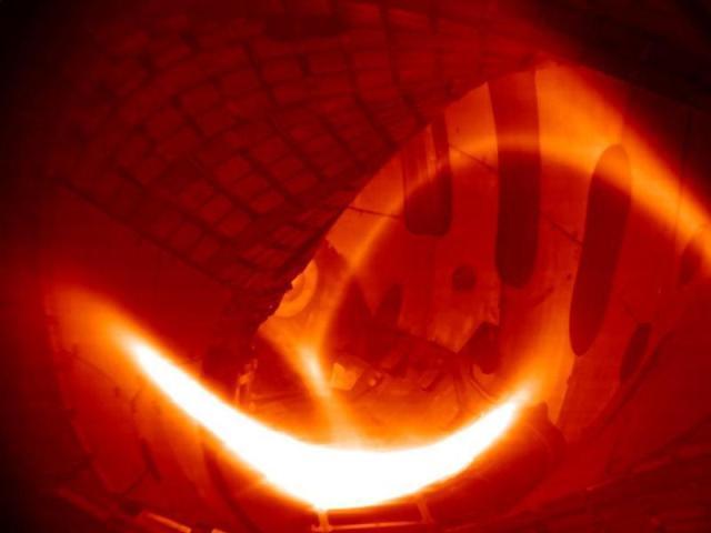 The first hydrogen plasma created in the Wendelstein 7-X stellarator. PHOTO: IPP