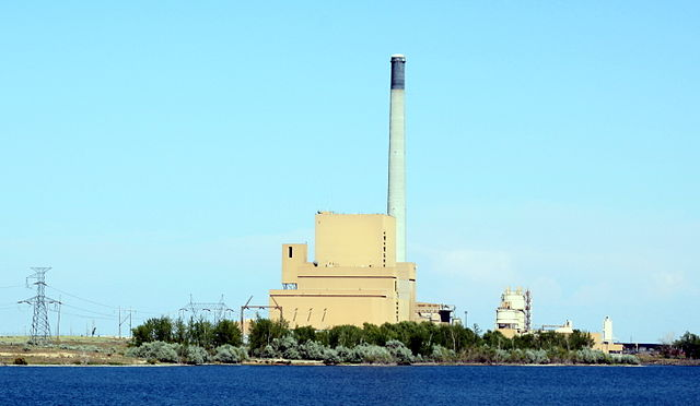 Coal plant in Boardman, Oregon. PHOTO: Tedder, via Wikimedia Commons