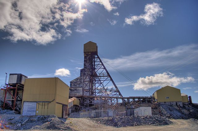 Remaining buildings at Giant Mine outside of Yellowknife, N.W.T. in 2008.