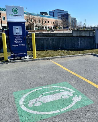 An electric vehicle charging station in Markham, Ont. The province plans to help build nearly 500 charging stations.