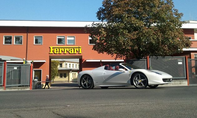 458 Spider outside of the Ferrari factory and head office. PHOTO: SurfAst (CC BY-SA 3.0)
