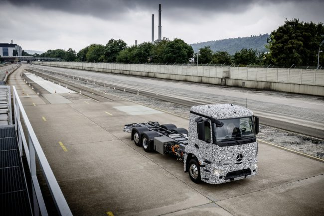 Developing the truck with a 200-kilometre range and the ability to carry up to 26 tons, Mercedes plans to introduce the vehicle early next decade. PHOTO: Mercedes