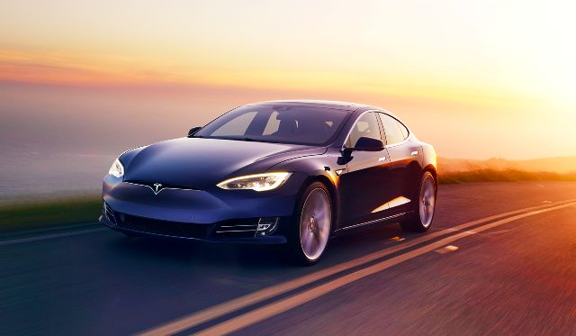 New 100 kWh Tesla Model S Boasts 315-Mile EV Range