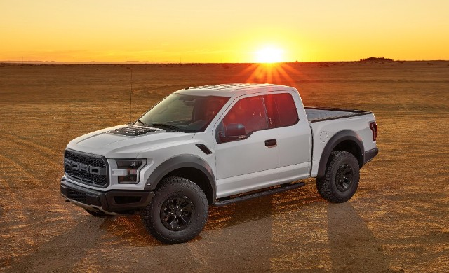 Ford throttles new F-150 Raptor up to 450 horsepower, scraps 500 ...