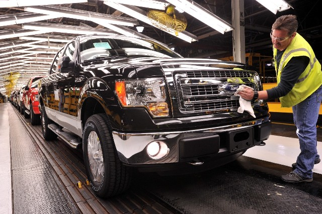 Ford to cut production idle four plants as u s demand for Ford motor company human resources