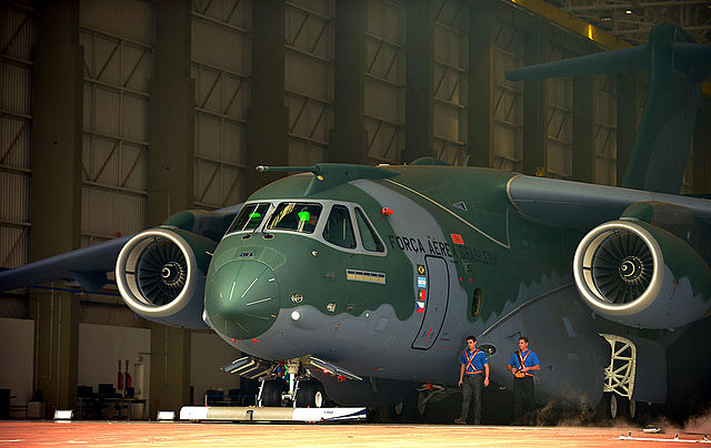 The military transport jet is the largest plane Embraer has built to date. PHOTO: Ministério da Defesa, via Flickr