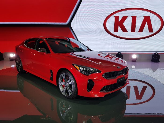 Car manufacturers roll out new models at International Canadian
