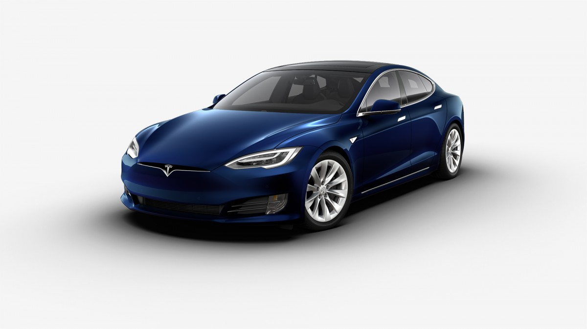 Ontario Liberals Under Fire From Pcs Over Tesla Rebate