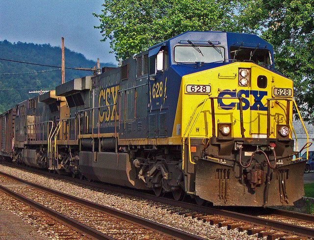 U S Railway Csx Names Former Cp Cn Chief Hunter Harrison