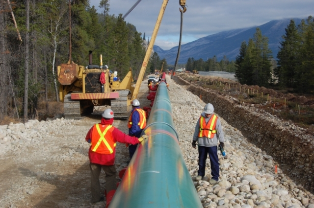 Government to file reference case: Can BC control pipeline flow?