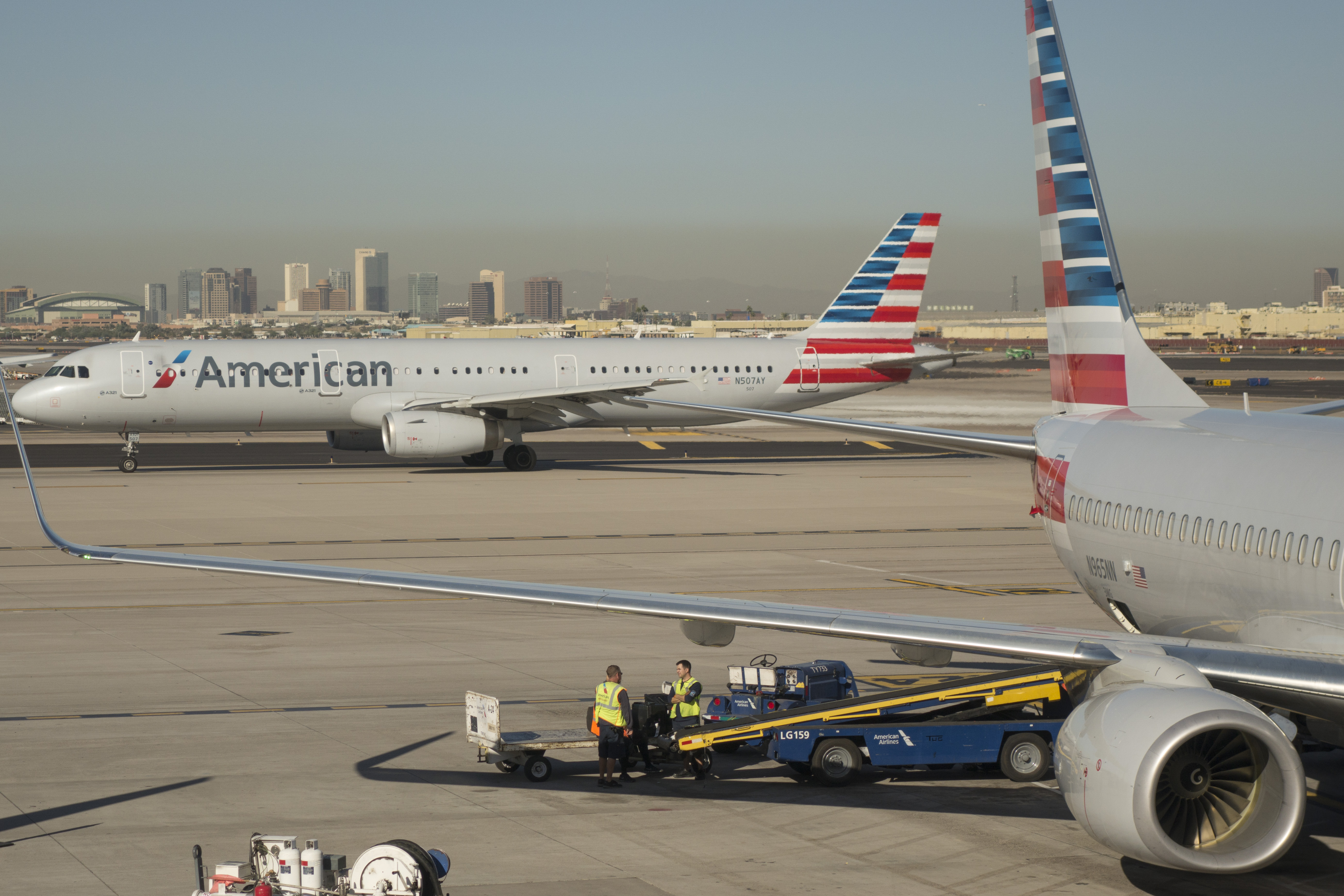 Flights Grounded In Phoenix As Temperature Soars To Near