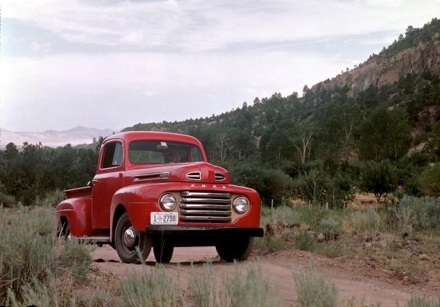 100 years of ford trucks model tt to f 150 raptor canadian manufacturing. Black Bedroom Furniture Sets. Home Design Ideas