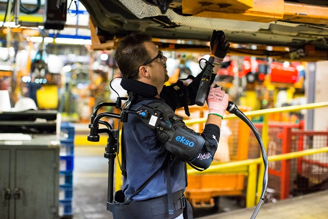 Ford's Exoskeleton Helps Assembly Line Workers Avoid Fatigue, Injury