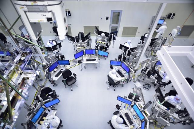 Intel faces class action lawsuits regarding Meltdown and Spectre